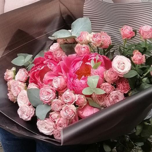 Стильный розовый букет