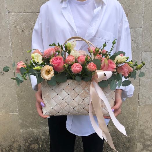Корзиночка с розами