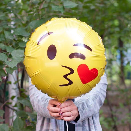 """Фольгированный воздушный шарик """"Смайлик-поцелуйчик"""""""