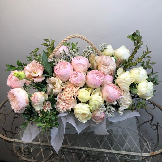 Ящик из роз