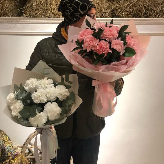 Букет с розовыми диантусам