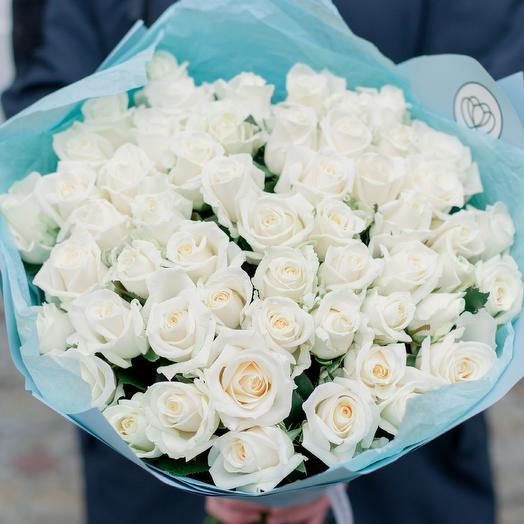 Букет из 51 белой розы (Россия) 40 см