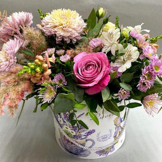 Цветы в шляпной коробке Прованс
