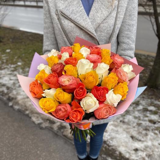 39 роз Эквадор яркий микс 40 см