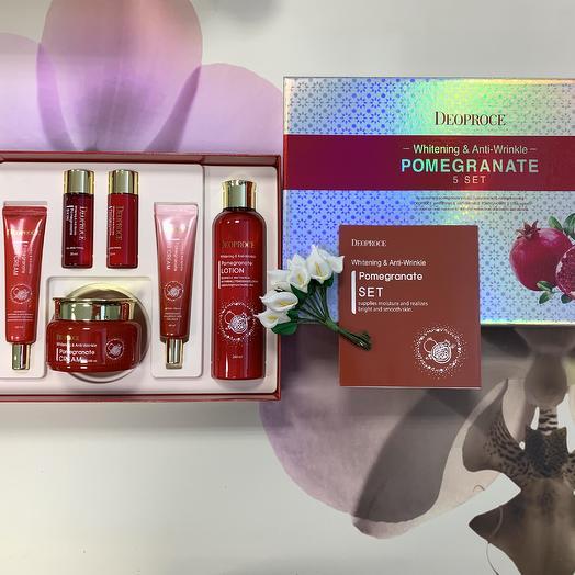 Набор антивозрастных средств с экстрактом граната Deoproce Whitening   Anti-Wrinkle Pomegranate