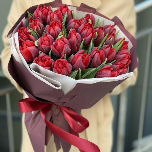 Букет Грация из 25 пионовидных тюльпанов