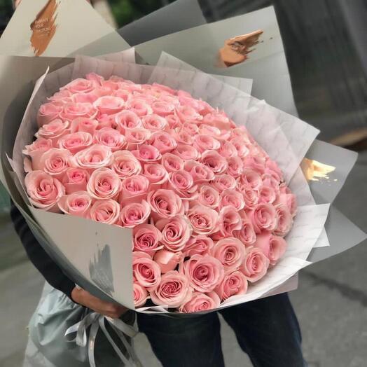 Розы розовые 101 шт