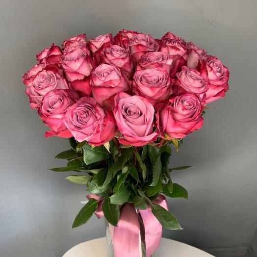 Монобукет 25 Фиолетовых роз 70см