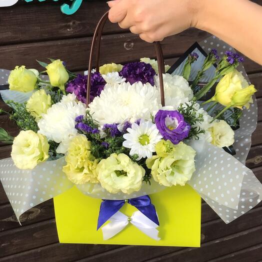 Цветочки в коробке