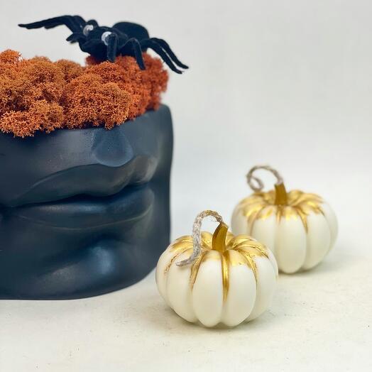 Набор на Хеллоуин Губы и белые свечи тыковки