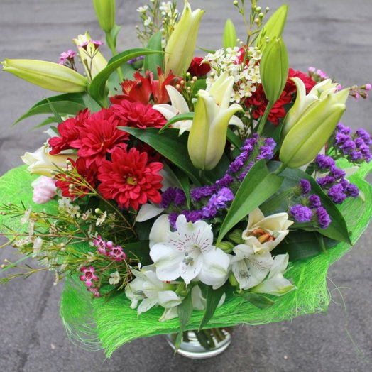 Лили: букеты цветов на заказ Flowwow