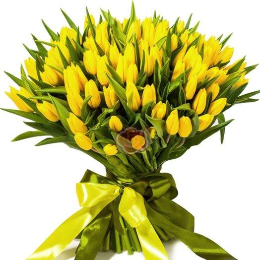 букет из 75 тюльпан: букеты цветов на заказ Flowwow