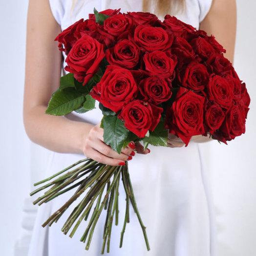 Букет из 35 красных роз 50 см: букеты цветов на заказ Flowwow