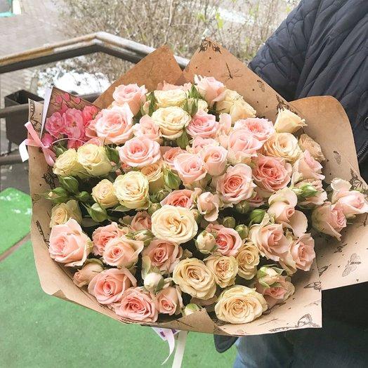 Букет кустовых роз: букеты цветов на заказ Flowwow