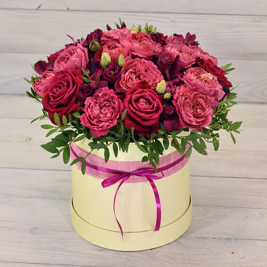 Букет в коробке Бурбон: букеты цветов на заказ Flowwow