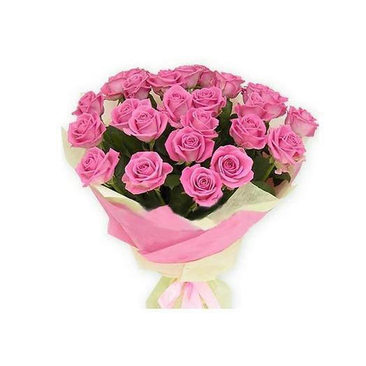Букет из розовых роз «Самой сладкой»: букеты цветов на заказ Flowwow