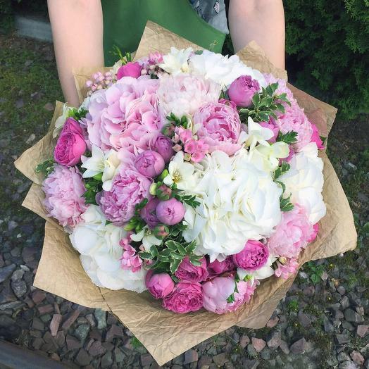 Авторский букет София: букеты цветов на заказ Flowwow
