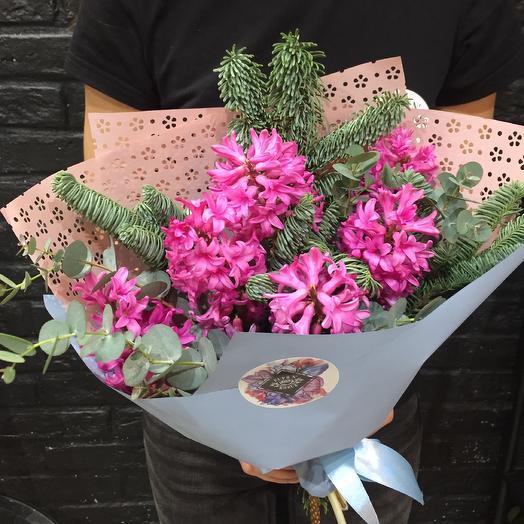 Весенние гиацинты: букеты цветов на заказ Flowwow
