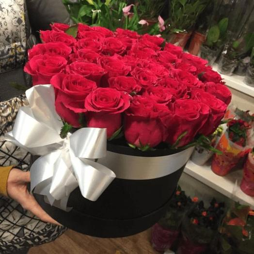 Цветы в коробке  24: букеты цветов на заказ Flowwow