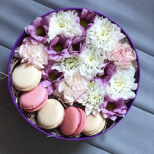 Коробка 28: букеты цветов на заказ Flowwow