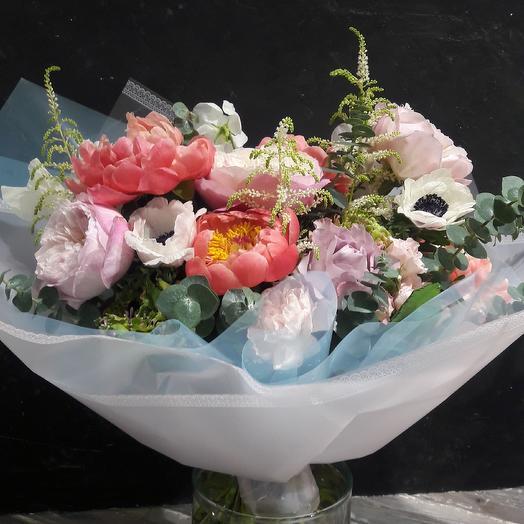 Букет с весенним настроением: букеты цветов на заказ Flowwow