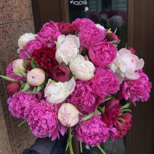 Огромный букет шикарных пионов по супер цене: букеты цветов на заказ Flowwow