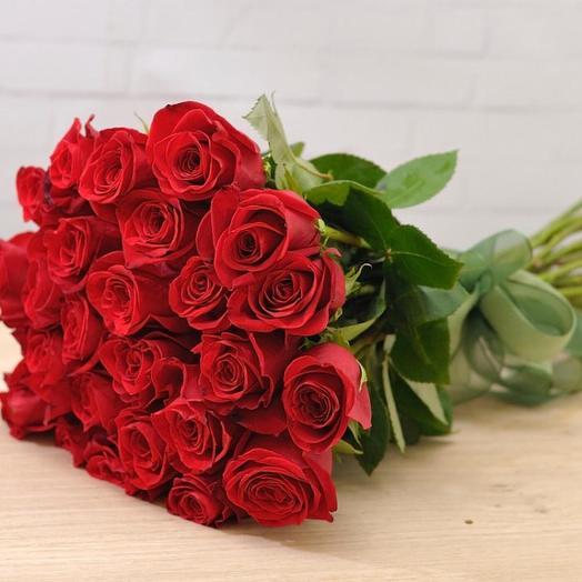 Букет из 23 роз с лентой: букеты цветов на заказ Flowwow