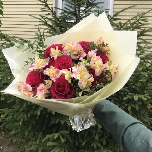 Яркий момент: букеты цветов на заказ Flowwow