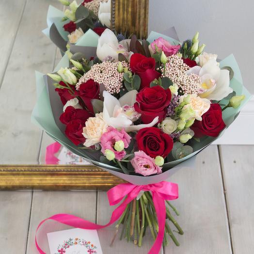 Букет «Карусель»: букеты цветов на заказ Flowwow