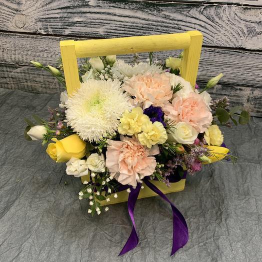Ящик с цветами 🥰: букеты цветов на заказ Flowwow