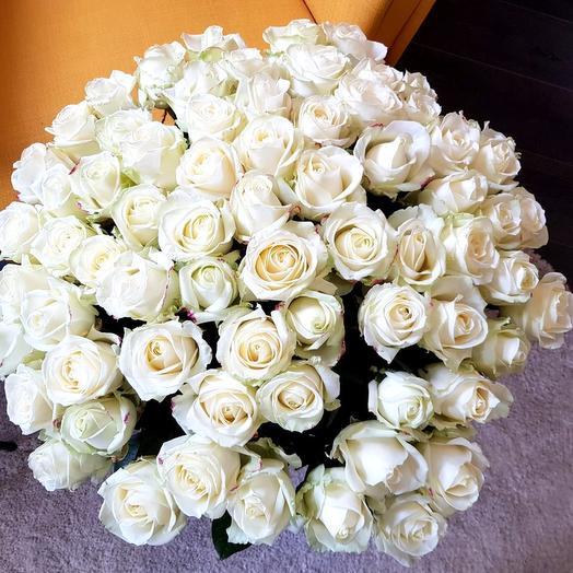 71 белая роза эквадорская: букеты цветов на заказ Flowwow