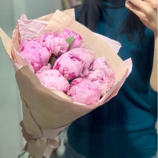 Букет 9 пионов: букеты цветов на заказ Flowwow