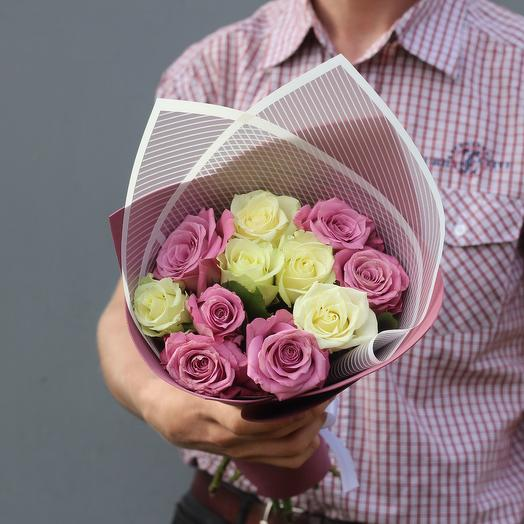 Bordeaux. Bouquet of White and Pink roses