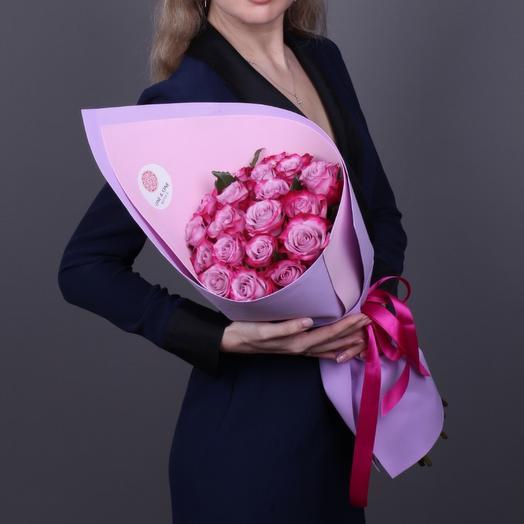 19 роз Deep Purple Эквадор (ваза в подарок, см. условие акции в описании)