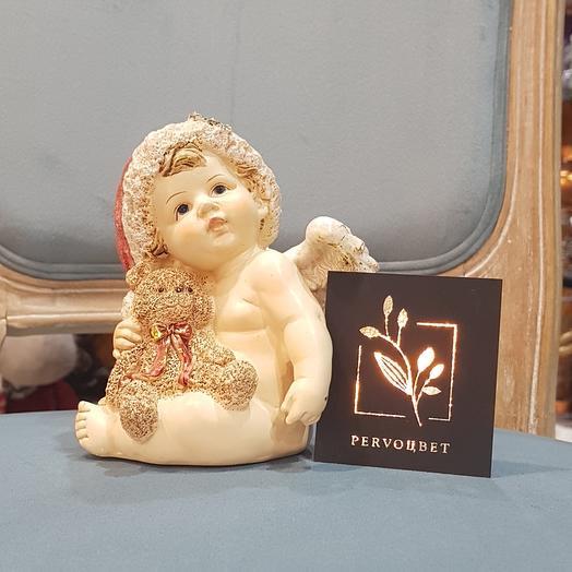 Ангел новогодний сидящий с мишкой