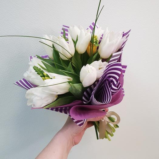 """Букет из белых тюльпанов """"Ballerina"""""""