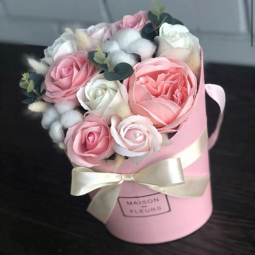 Букет из мыльных цветов и сухоцветов