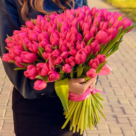 Bouquet of 101 tulips