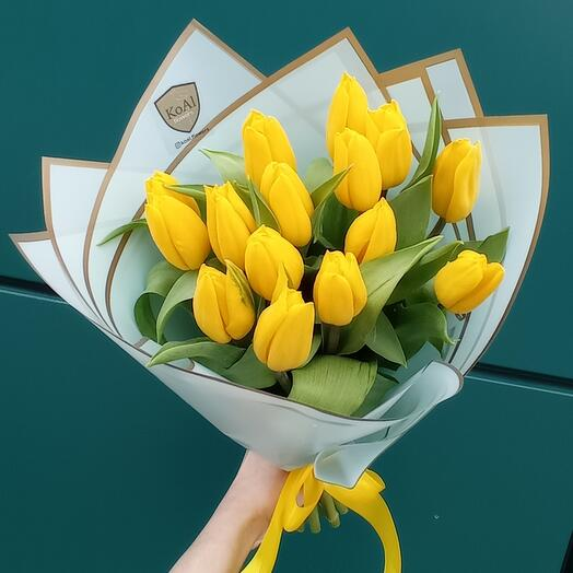 Тюльпаны жёлтые моно