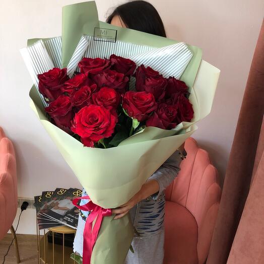 Букет из 15 импортных роз 80 см
