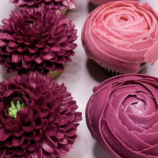 Бокс 4 цветочных капкейка: пионы, хризантемы