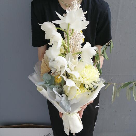 """Букет """"Факел"""" с протеей и орхидей"""