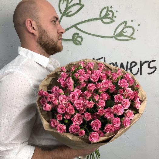 Моно букет из 23 кустовых роз N12: букеты цветов на заказ Flowwow
