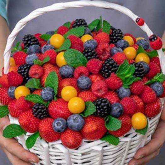 Композиция из ягод 1: букеты цветов на заказ Flowwow