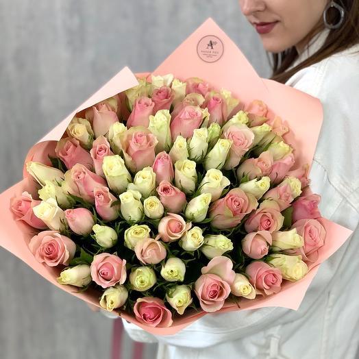 Букет из 75 роз в пастельных тонах