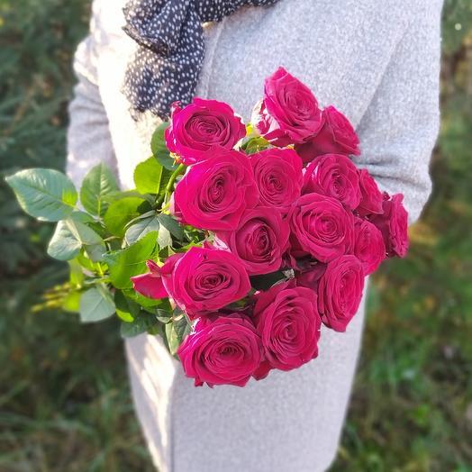 Букет из 15 красных роз 70см
