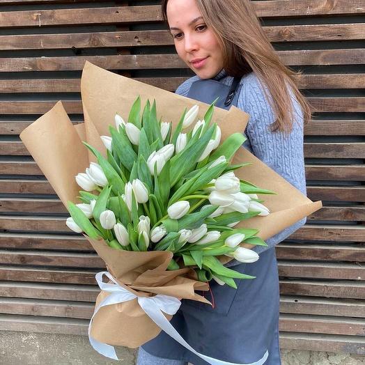 """Букет """"51 белый тюльпан"""""""