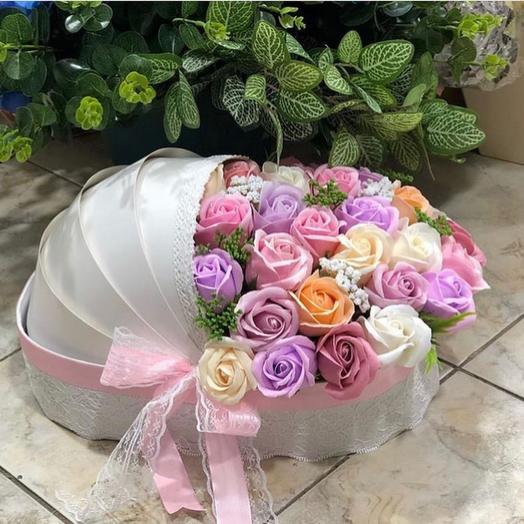 Розы из мыла в люльке