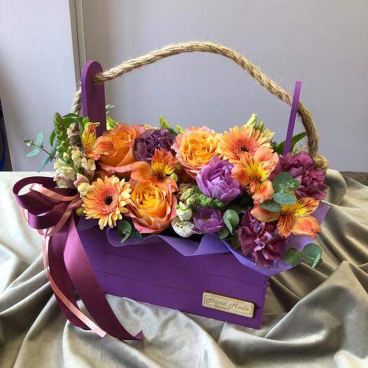 Цветы в ящике ультрафиолет
