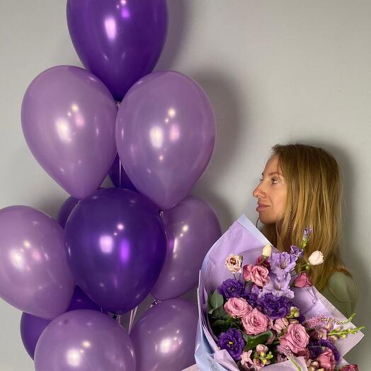 Фиолетовое облако: шары и цветы